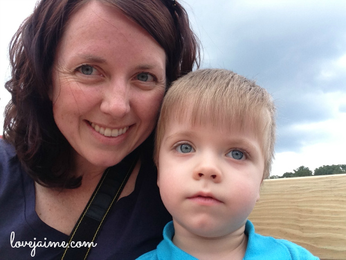 Mommy & Me Monday – hayride edition