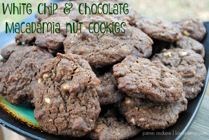 White Chip & Chocolate Macadamia Nut Cookies #FBCookieSwap #recipe #cookies