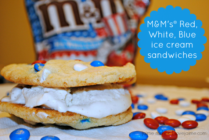 Perfect patriotic dessert: Red, White & Blue ice cream sandwiches!  #CelebrateWithM #ad