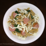 Recipe: Pasta with spinach and Klement's bratwurst