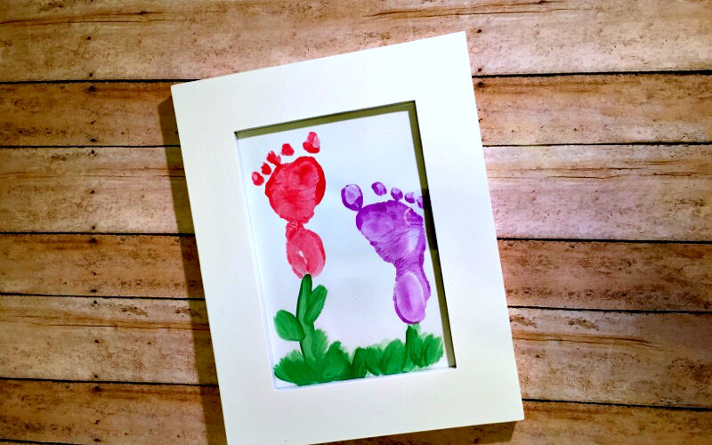 Quick DIY Footprint Flowers – perfect for Mother's Day or scrapbooking