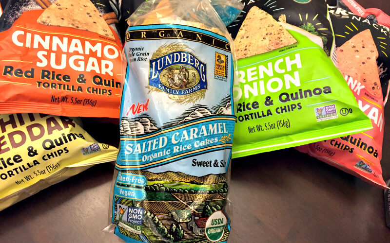 Snacking on Grounded Snacks Red Rice & Quinoa Tortilla Chips #MomsMeet #ad