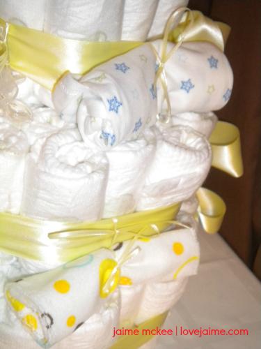 puppy-diaper-cake-4
