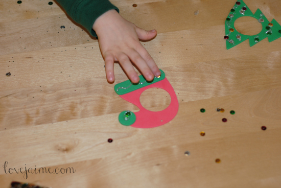 DIY ornaments for toddlers to make. #YahooDIY