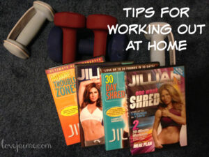 Tips for working out at home (and my favorite Jillian Michaels videos) #fitfluential #sweatpink #fitness