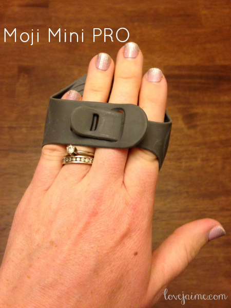The Moji Mini PRO - perfect for fitness-related soreness (and hard to reach sore spots!) #fitfluential