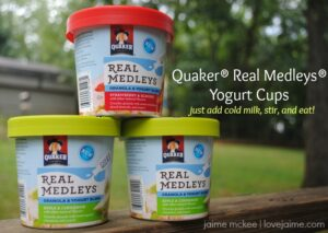 Back to school and on the go breakfast with #QuakerRealMedleys #CollectiveBias #ad