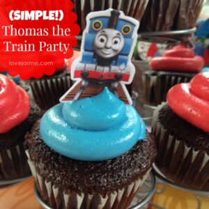 Throw a (simple!) Thomas the Train party #toddlers #party #ThomasTheTrain