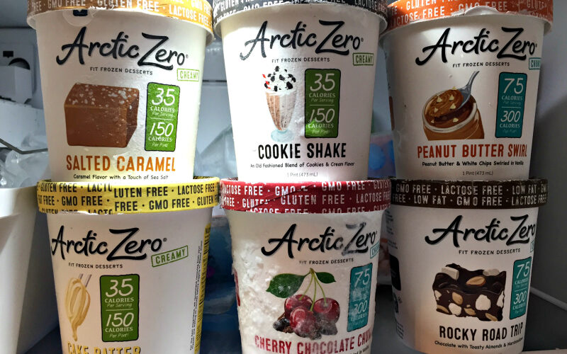 Putting Arctic Zero to the Frozen Treat Taste Test #MomsMeet #ad #ArcticZeroMom