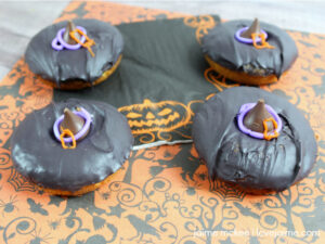 Get ready for Halloween with these DIY Witch Hat Donuts