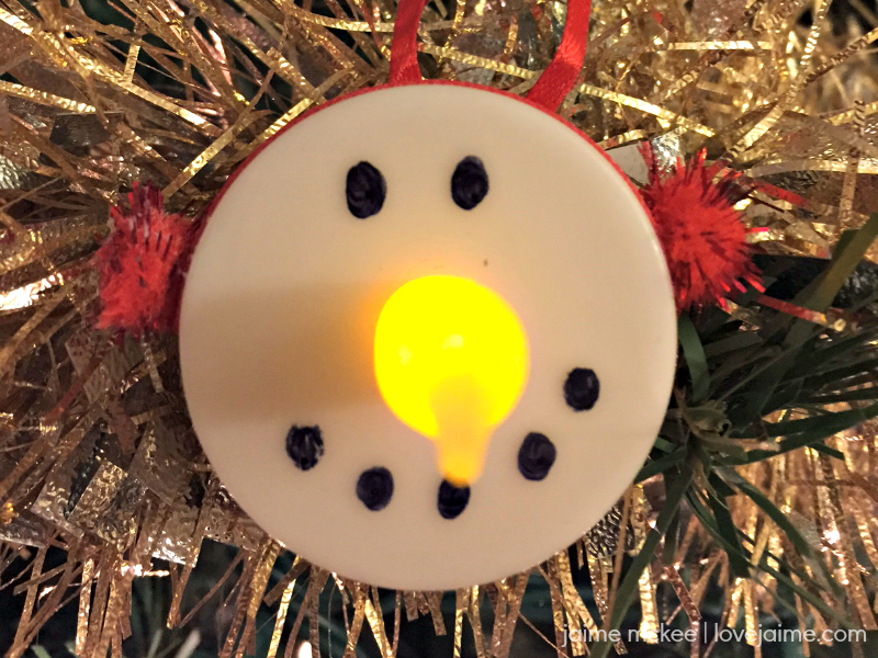 Tealight snowman ornaments – a fun (and inexpensive) craft
