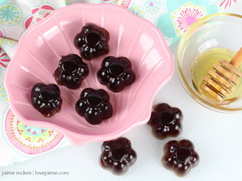 Boost your immunity and make your own elderberry gummies this winter!