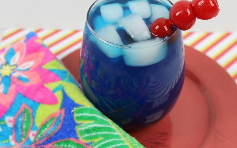 Blue Cherry Rum Lemonade - great for summer weekends