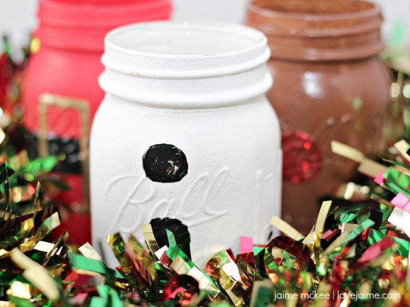 DIY Christmas Mason Jars – so easy to make!
