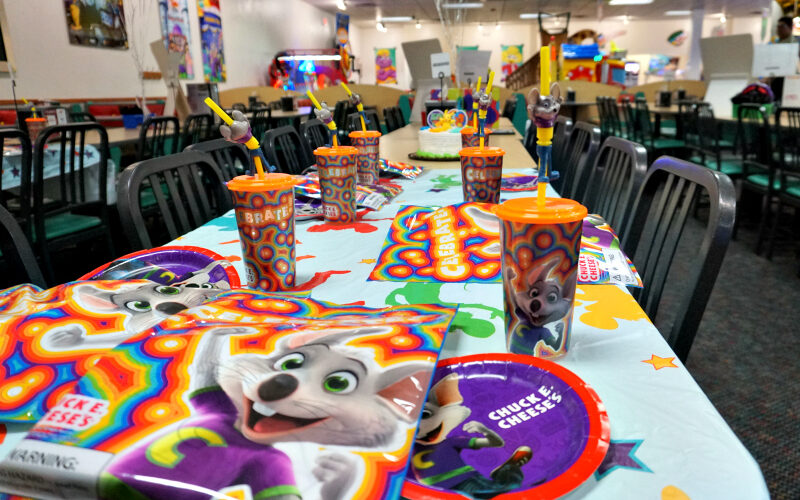 Summer birthday party planning made easy with Chuck E. Cheese's