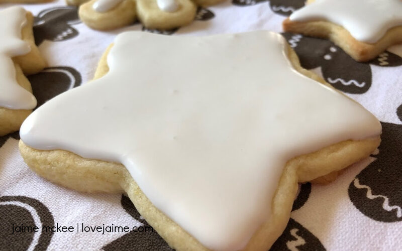 The Perfect Christmas Sugar Cookies #HousefulOfCookies