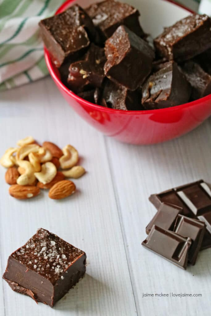 Healthy chocolate peppermint fudge recipe - using cashew and almond butters!