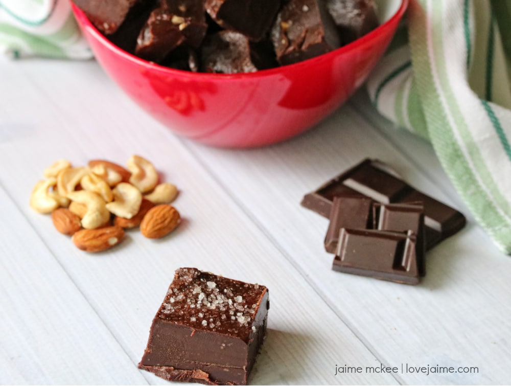 An easy recipe for healthy chocolate peppermint fudge - using cashew and almond butters!